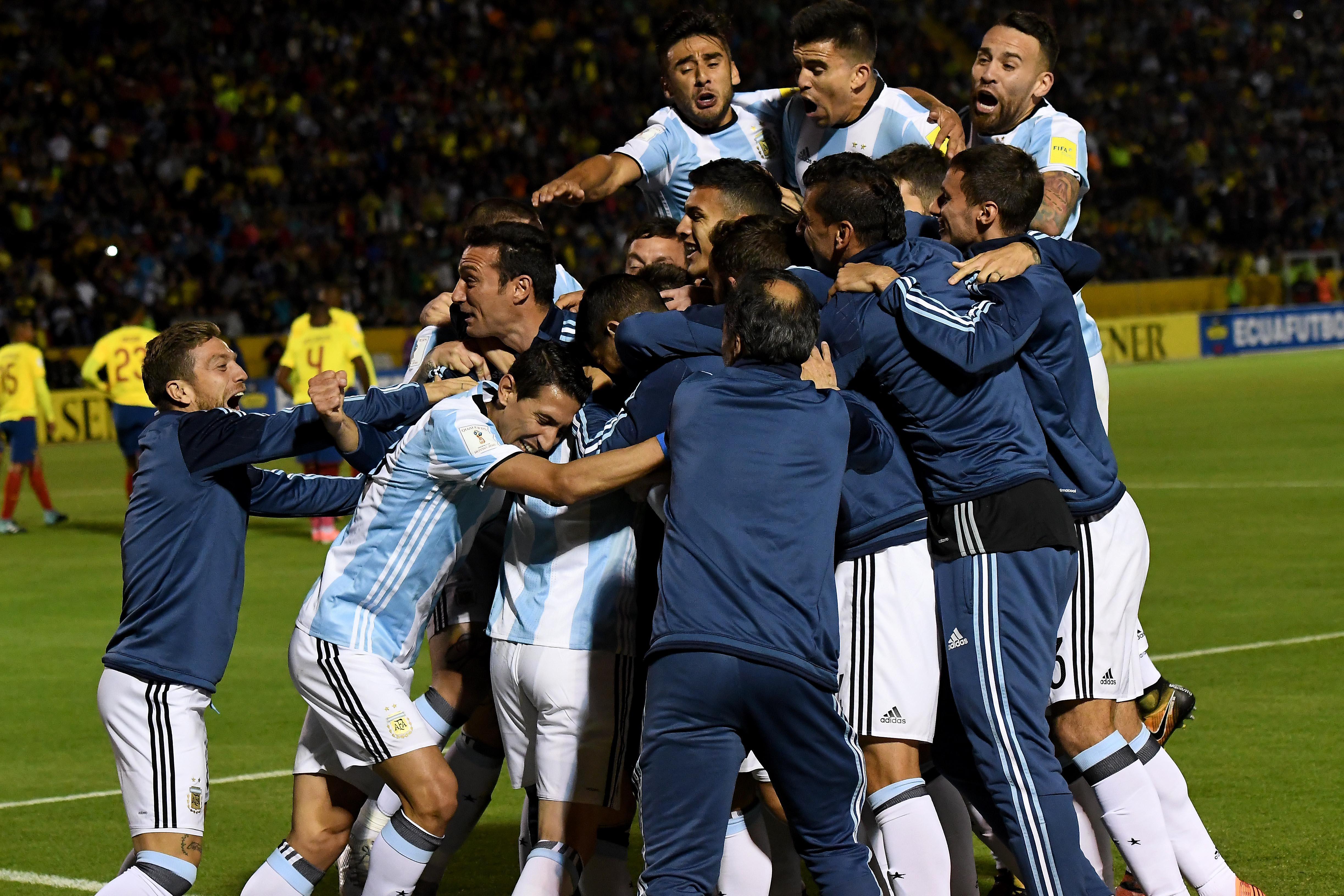 11-10-2017_quito_ecuador_con_tres_goles (2)