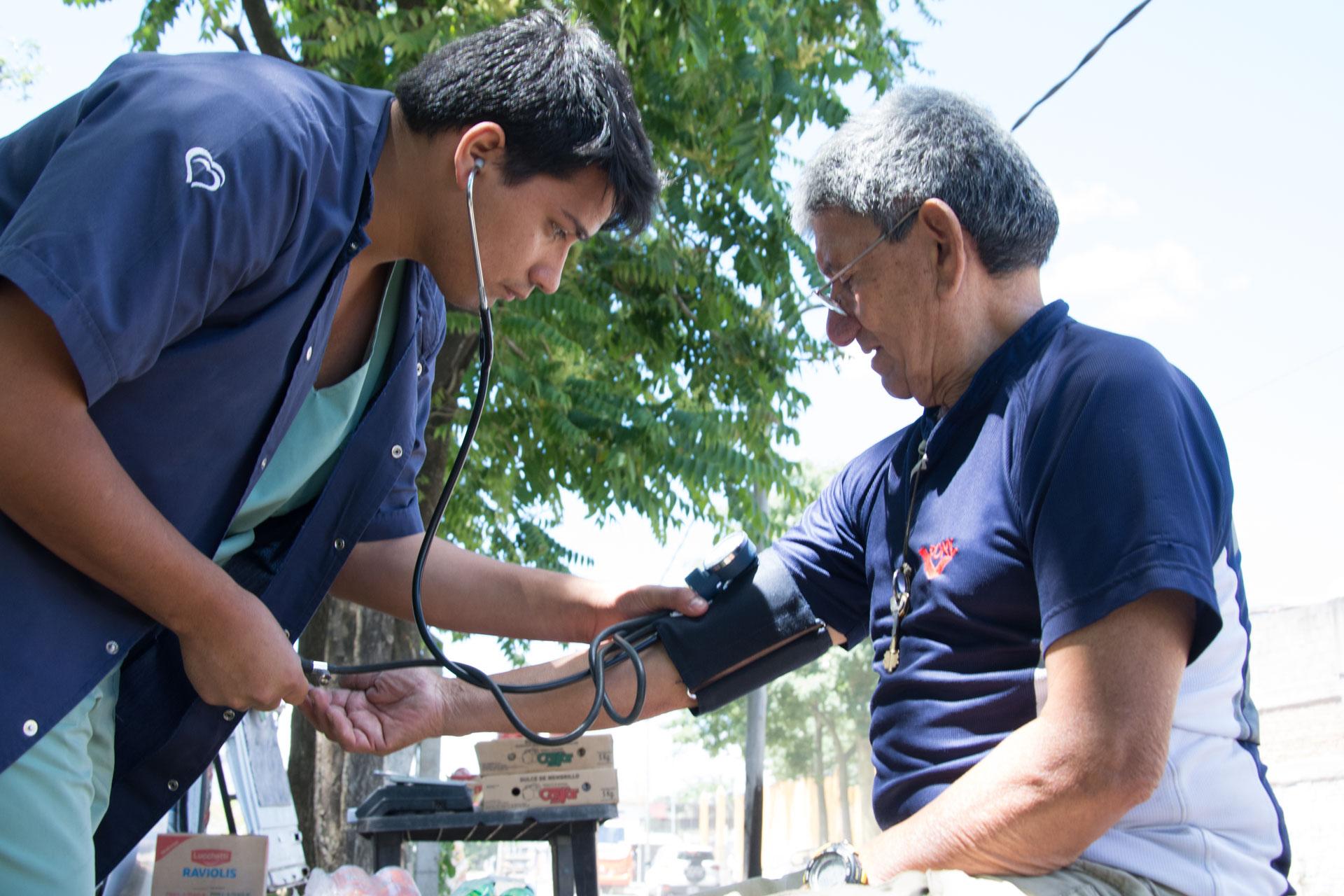 control de salud en Ric Rojas-